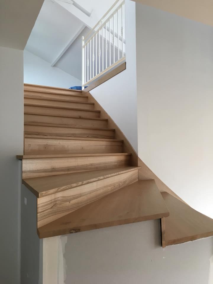 Escaliers contemporains, faites une pose soignée - REGIS BERTHELOT